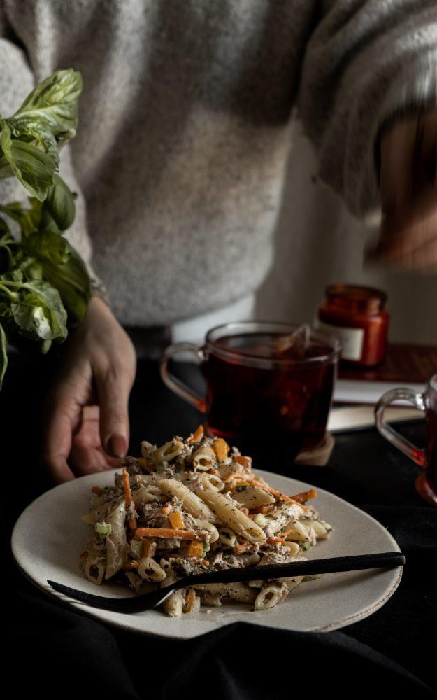 Salade de penne, thon & herbes de provence